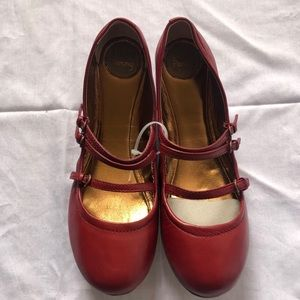 LUCKY PENNY red flats/shoes, Size 9 1/2 B